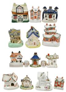 15 Staffordshire Banks and Miniatures