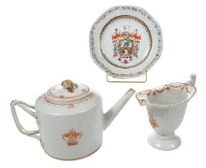 Three Chinese Export Porcelain Table Items
