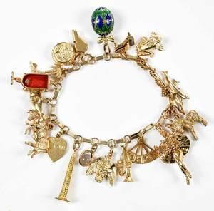 14kt. Gold Charm Bracelet