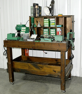 Reloading Bench with Equipment