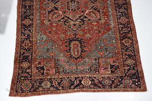 Serapi Carpet