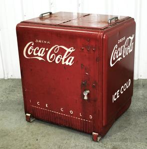 Coca Cola Ice Box/Cooler