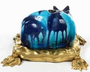 Chinese Export Porcelain Cat Nightlight
