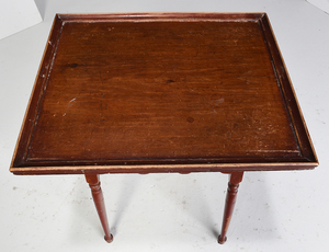 Fine American Queen Anne Red Painted Tea Table