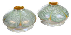 Pair of Quezal Pulled Feather Dome Shades