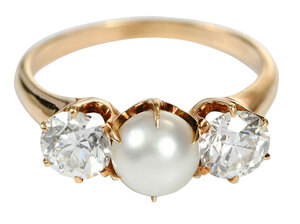 Bailey, Banks & Biddle Pearl & Diamond Ring