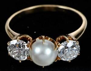 Bailey, Banks & Biddle Pearl & Diamond Ring