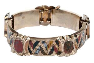 Antique Gold Scottish Agate Bracelet