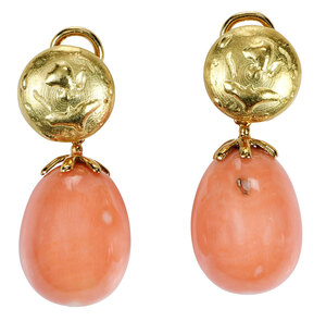 18kt. Coral Earrings