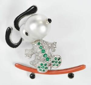18kt. Gemstone Snoopy Brooch