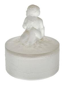 R. Lalique Amour Assis Powder Box Top