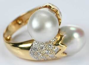 18kt. Diamond and Pearl Ring