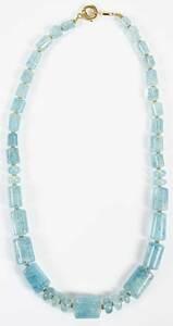 18kt. Aquamarine Necklace